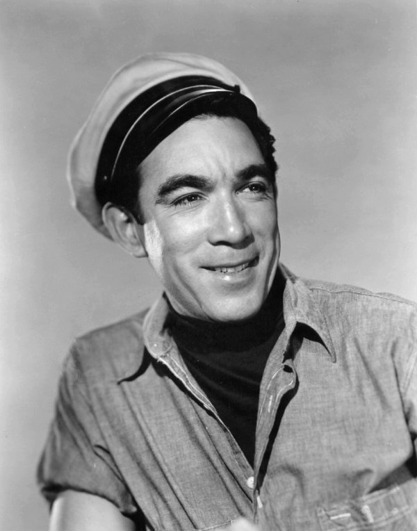 Anthony_Quinn_signed.JPG