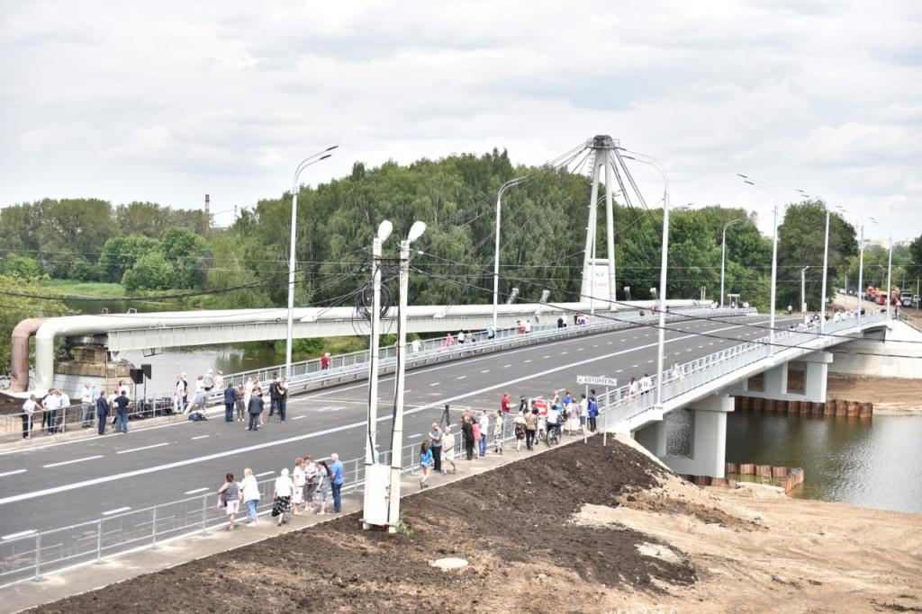 Новый мост через Которосль.jpg